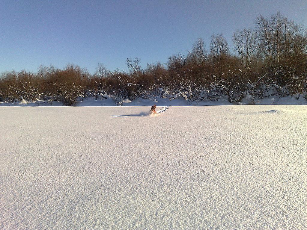 Tupoksen pelloilla - keli komea, lunta riittää